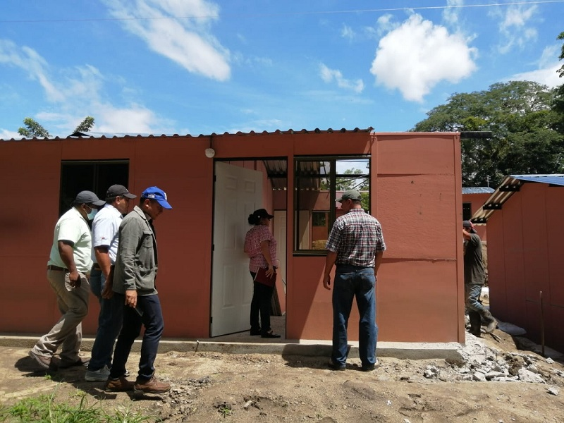 Proyecto de 25 viviendas de interés social en el barrio Familias Unidas