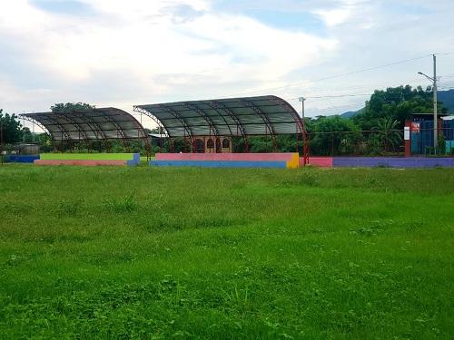 Campo de fútbol en Mateare