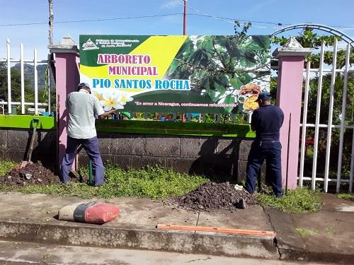 Inauguración de arboretum en Achuapa.