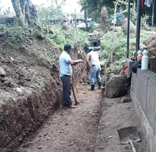 Canal de evacuación en la zona del rastro municipal de Villa Sandino (Foto archivo)