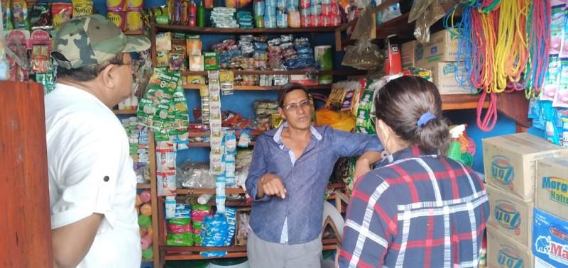 Patricio Zamora vendedor de abarrotes