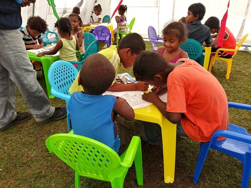 En los centros de albergue ubicados en las comunidades de Wasla Koom y Bullkiam del municipio de waspam, se han creado espacios de recreación y educación para los niños adolescentes jóvenes y adultos