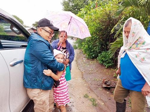 Auxiliado a familias de Sébaco que habitan cerca del río calabazas