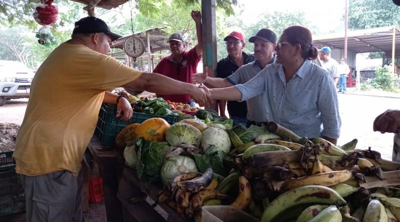 Venta de  de verduras de José Cruz