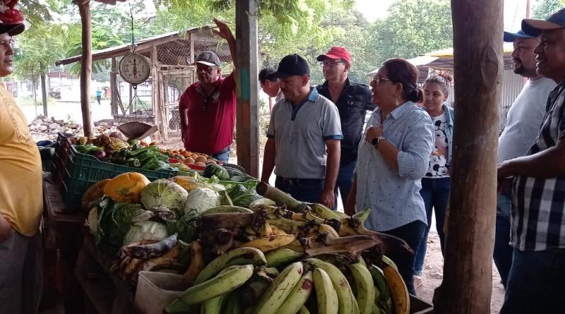 José Cruz comerciante de verduras