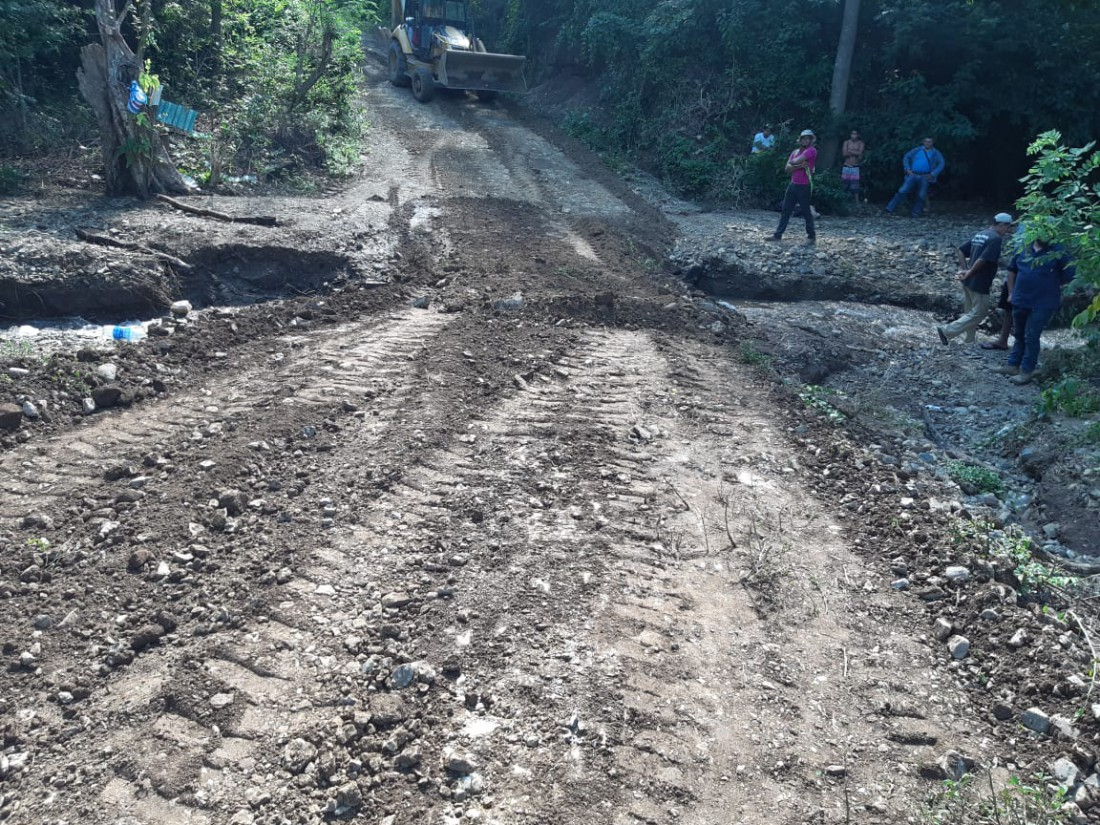 Camino de  la comunidad Cuascoto