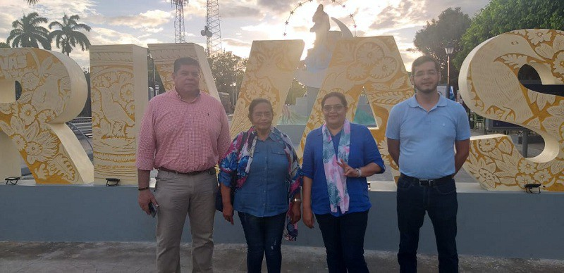 Presidenta ejecutiva del Inifom, Guiomar Irías, viaja a Rivas, visita a  comerciantes