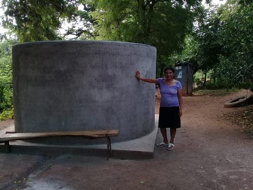 Familias de la comunidad La Ceiba micro Región Santo Domingo, Totogalpa cuentan con dos pilas de captación de agua