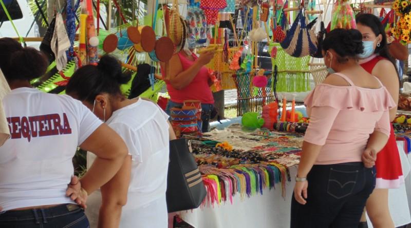 En Boaco oferta de productos para la gorra de la purísima