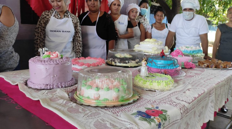 Chichigalpa: finalizó curso de decoración de pasteles y queques en la escuela municipal de oficios.