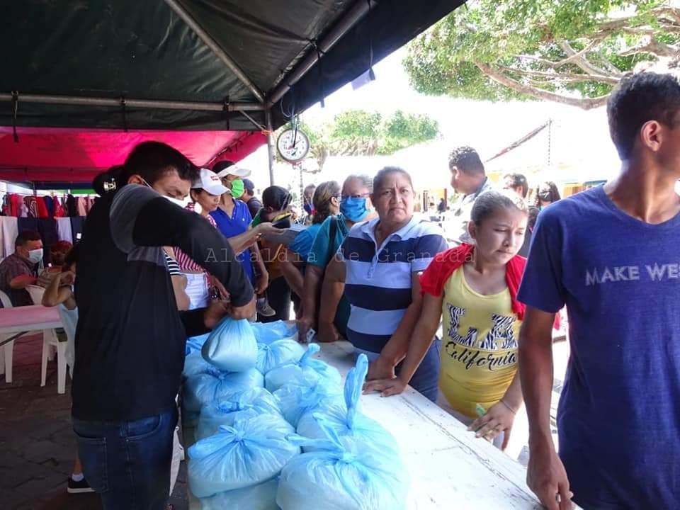 En Granada el arroz solidario en final de la zafra del Grano