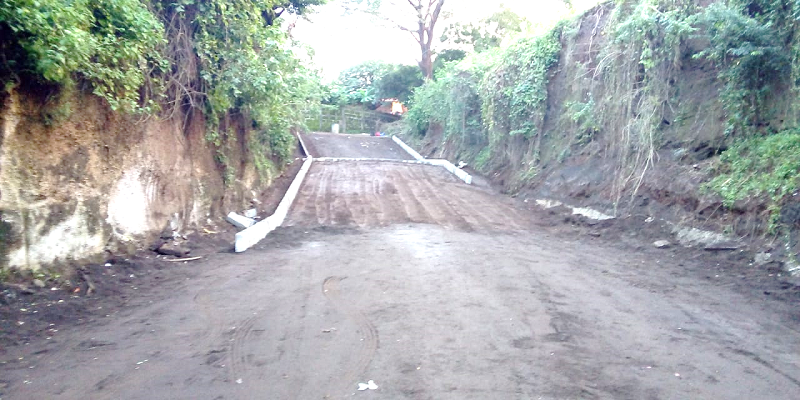 Construcción de rampa vehicular, en Ciudad Sandino.