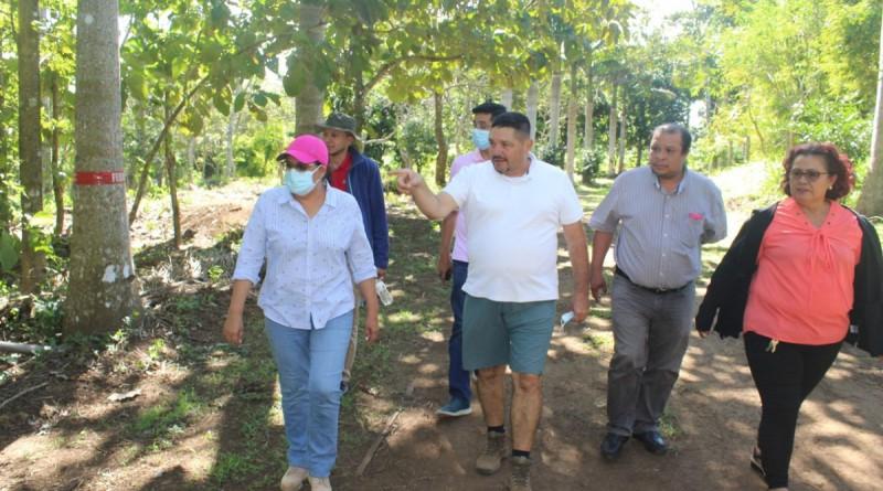 Viaje de la presidenta ejecutiva del Inifom a Dolores, la llevó a Los Tres Cañones, una bella reserva