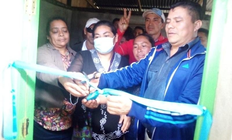 En la inauguración de viviendas en Las Sabanas
