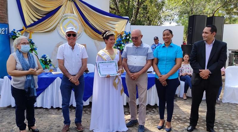 Consagran musa departamental de León a joven de La Paz Centro