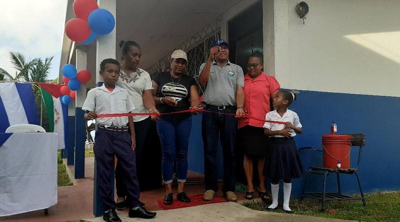 Las comunidad educativa inaugura centro escolar Rubén Darío en la comunidad Raytipura en Laguna de Perlas
