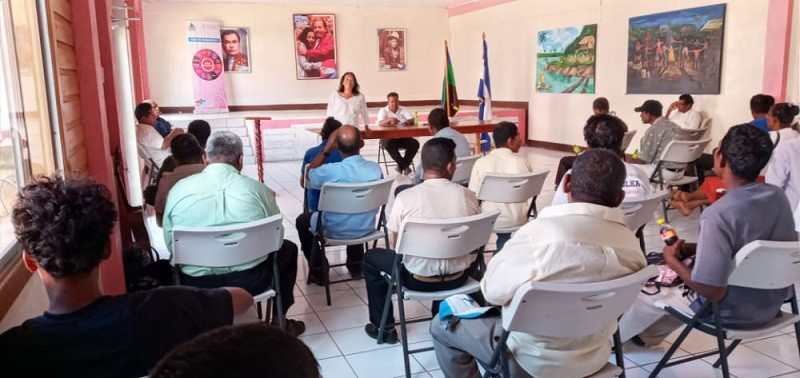 Waspam: Misas y oraciones celebraron líderes religiosos en el encuentro del sector y el equipo municipal para planificar el funcionamiento de las comisiones de paz.