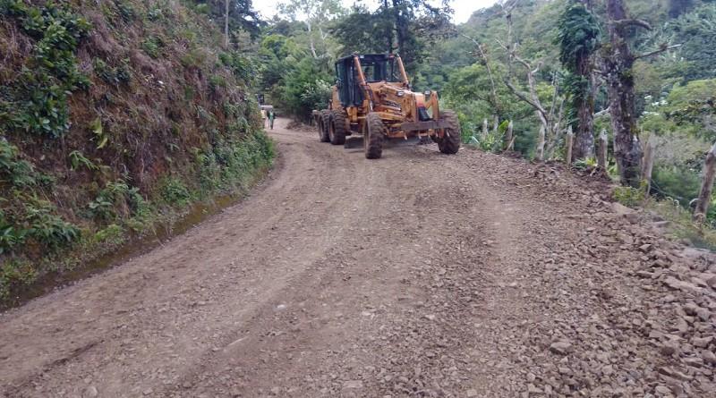 Rehabilitación de camino en Wiwilí de Jinotega.Tramo Aguas Rojas -El Subterráneo