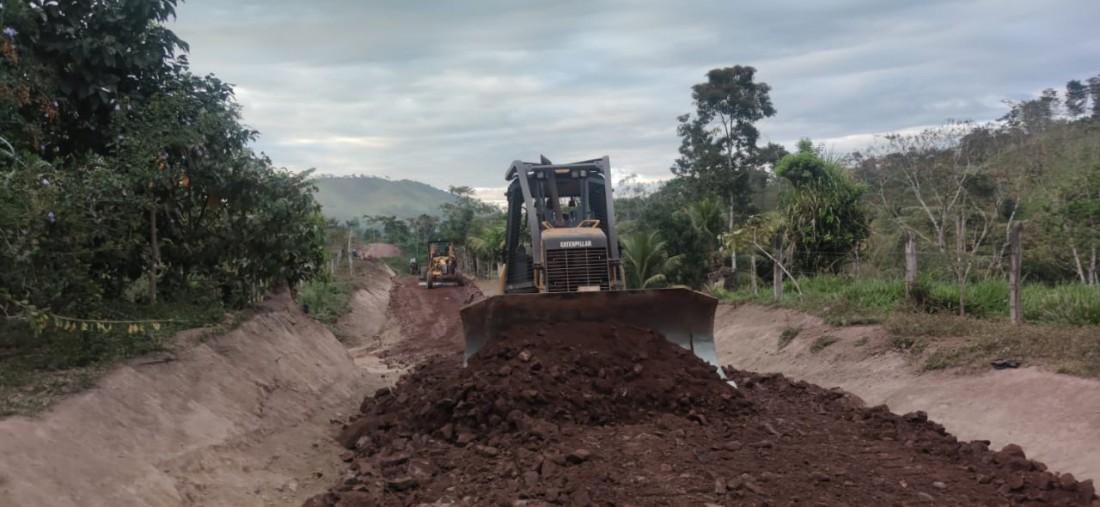 Apertura de camino El Guayabo-El Tigre
