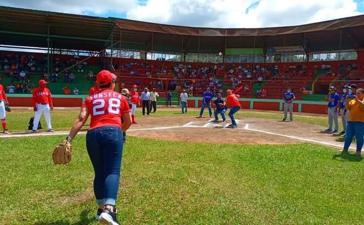 Inauguración del Campeonato Germán Pomares en Jinotepe