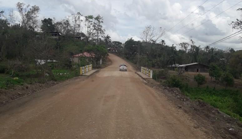 La alcaldía de Rosita intervino en siete kilómetros de caminos en el barrio Anexo 19 de Julio