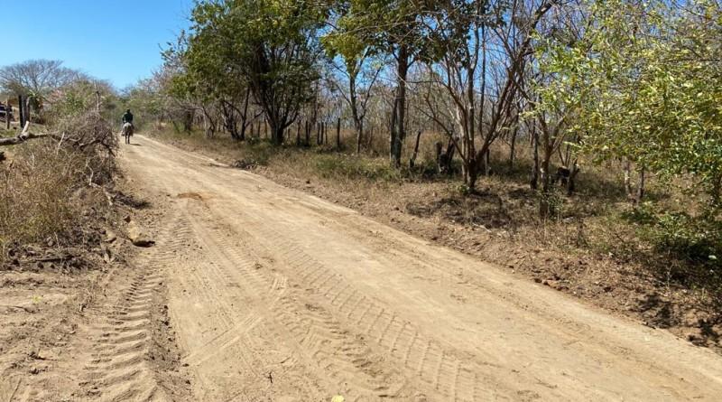 Santa Teresa: Veintidós kilómetros de caminos fueron restaurados en las comunidades Los Potrerillos, Los Coyoles, La Cruz Verde y San Francisco del Pedernal.