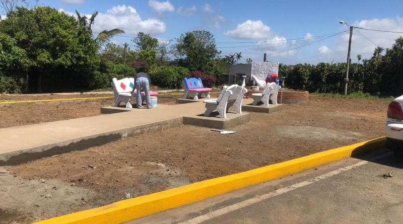 Construcción de la Plaza de La Biblia en El Crucero