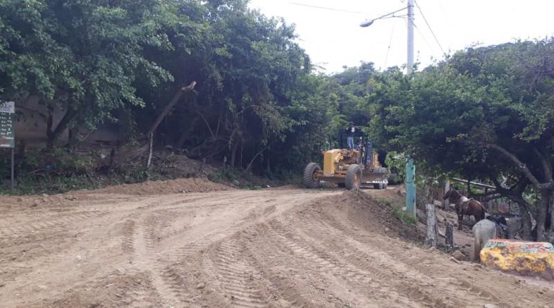 San Nicolás: Mejoramiento de 14 kilómetros de camino, tramo San Nicolas-Limay.