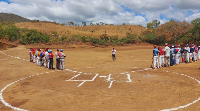 Campo deportivo de la comunidad Rota