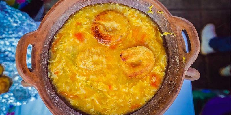 Sopa de queso plato  característico de Cuaresma
