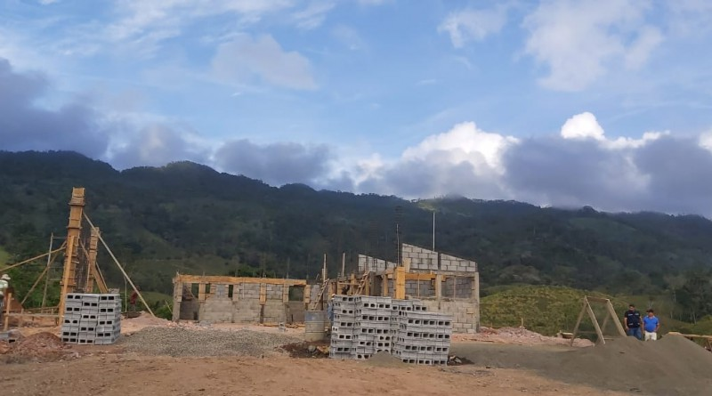 Estación de bomberos en construcción