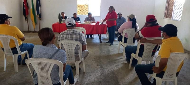 Sesión evaluativa con el equipo municipal