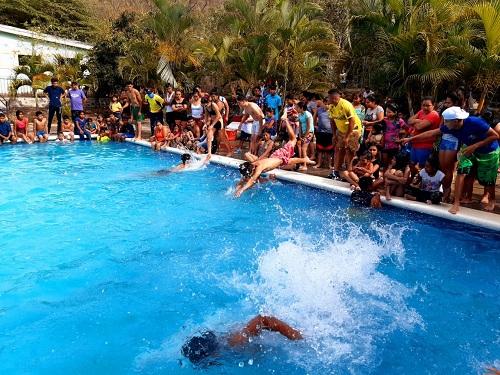 En la piscina de Somoto, competencia de natación