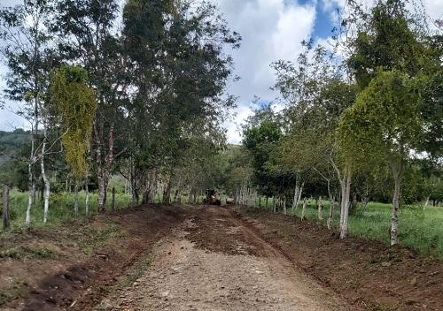 Diez kilómetros reparó la alcaldía de Villa Sandino en la comarca Riíto.
