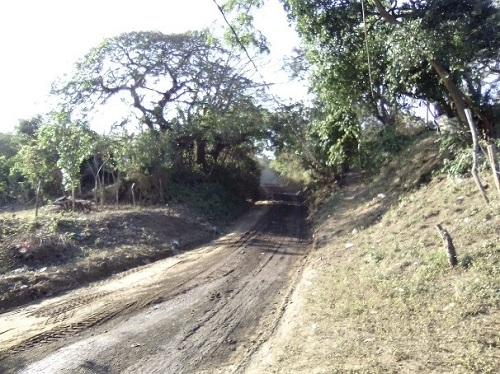 El gobierno del Poder Ciudadano de Villa El Carmen restauró seis kilómetros en la comunidad Filos de Cuajachillo.