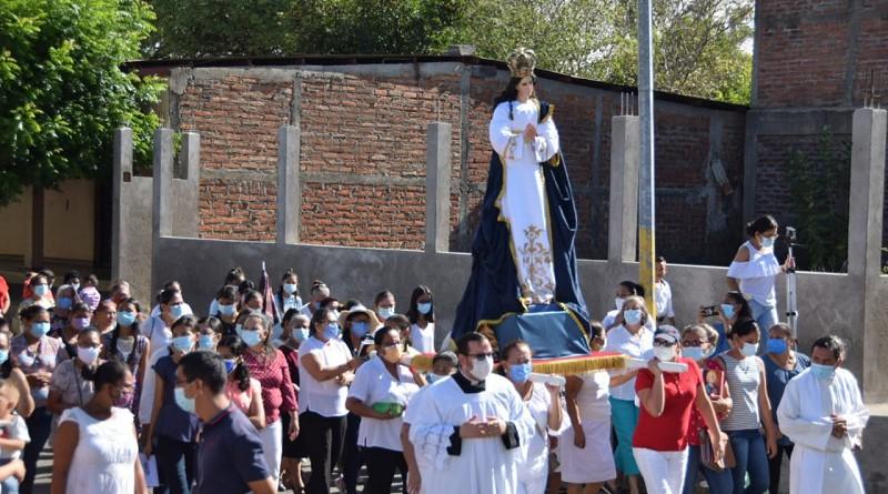 La Virgen en busca de Cristo