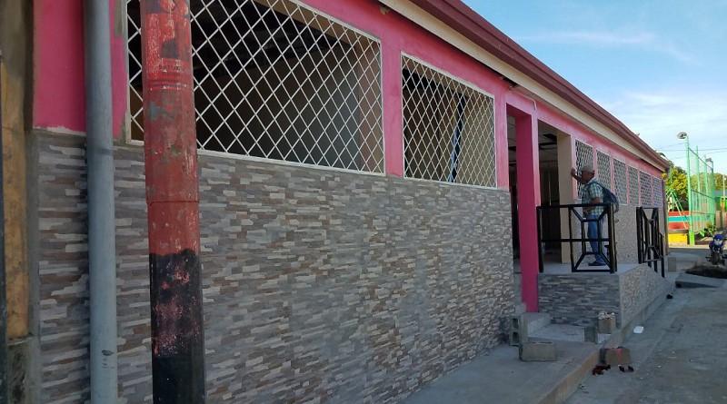 En responsabilidad compartida el gobierno local de La Conquista restauró el centro de salud en el barrio zona central.