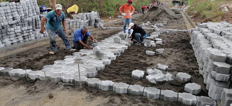 Obras en construcción ya concluidas en el barrio Linda Vista en San Rafael del Sur