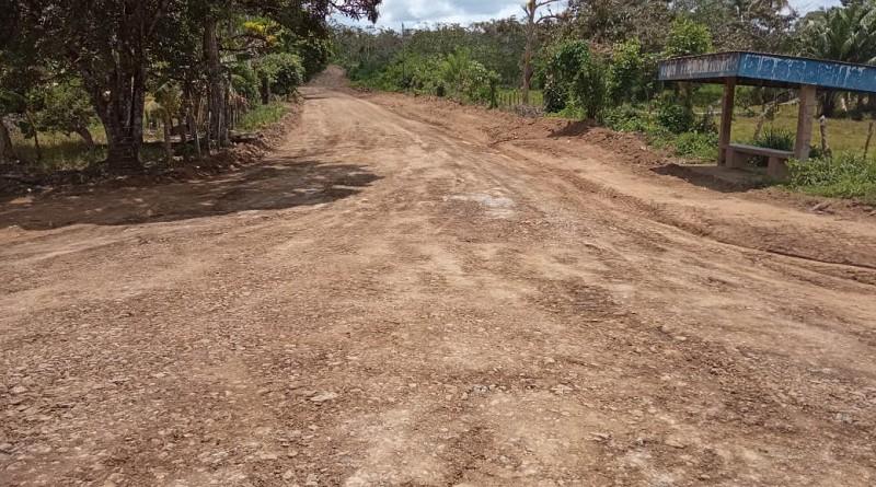 Las comunidades Las Mercedes y El Trago cuentan con tres kilómetros de caminos recién reparados por el gobierno local de El Coral