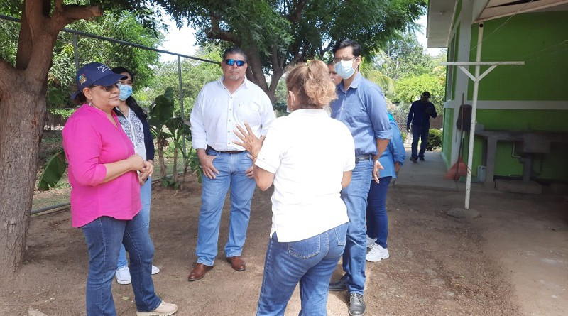 Una dinámica visita de presidenta del Inifom a Rivas
