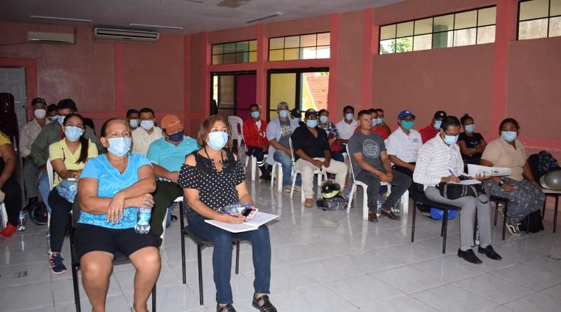 Miembros del Comupred de Nagarote en capacitación para enfrentar situaciones multiamenazas.
