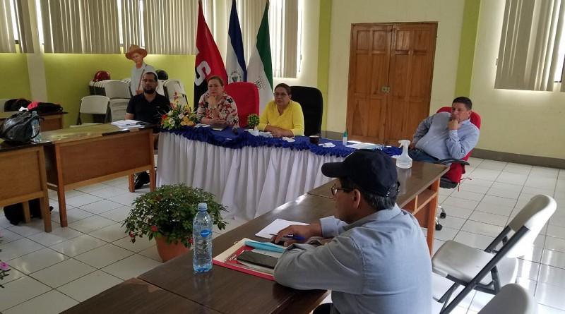 En sesión con el equipo municipal