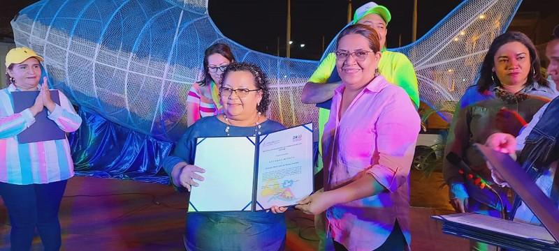 Presidenta del Inifom, Guiomar Irías y la alcaldesa de Nueva Guinea, Claribel Castillo