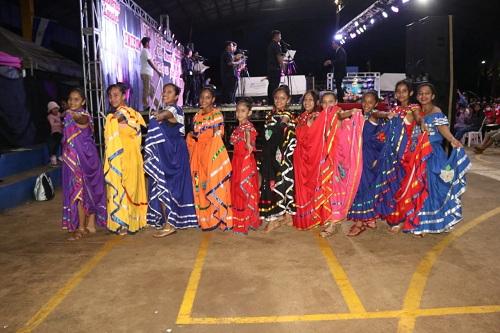 Protagonistas de la Gala Regional en Nueva Guinea