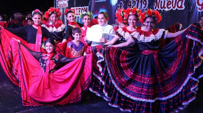 Estampas de las galas regionales de bailes y cantos de las escuelas municipales de danza y coros en Estelí y Nueva Guinea
