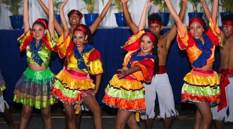 En Ciudad Darío:Regios bailes vestuarios y cantos en gran gala artística de la Región VI