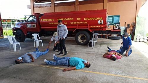 San Carlos: Gobiernos locales de este municipio, El Castillo y San Miguelito en coordinación con SINAPRED fortalecen las capacidades de los miembros de las brimur en temas de primeros auxilios, práctica del RCP y traslado de heridos y lesionados.