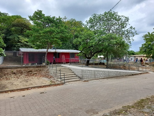 Villa el Carmen: Puesto de salud de la comunidad El Caimito restaurado.
