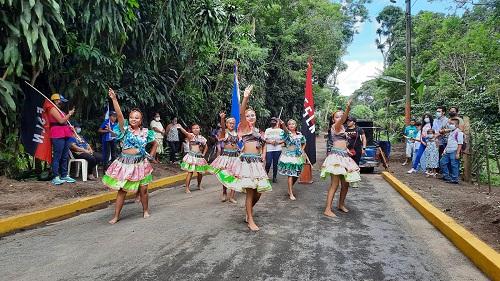 En la inauguración de calle en la comunidad La Estrella, en Masatepe
