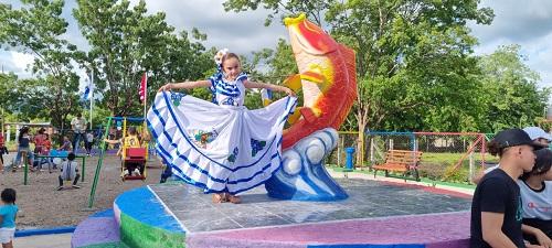Inauguración del parque en la comunidad Las Mojarras en El Jicaral